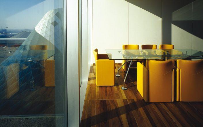 Salle de réunion Table de reunion verre NOMOS