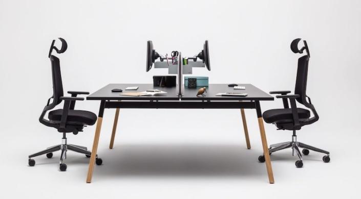 Bureaux melaminés pieds bois - Ubia mobilier bureau OGI (49)